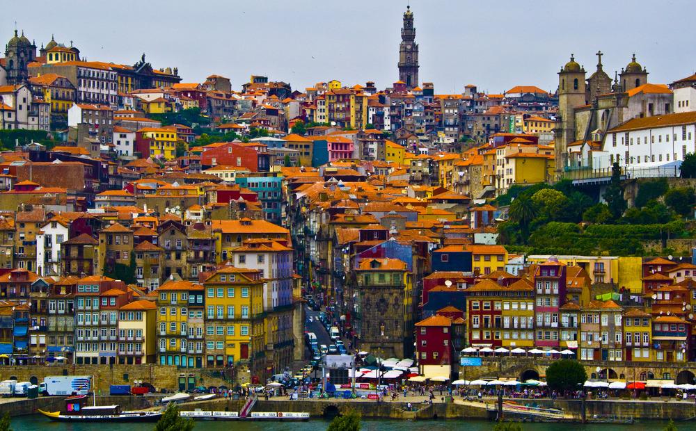 Porto City Tour - Meio Dia com Visita às Caves