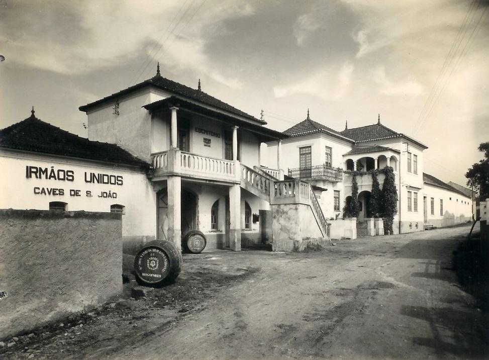 Caves São João - Wines With History