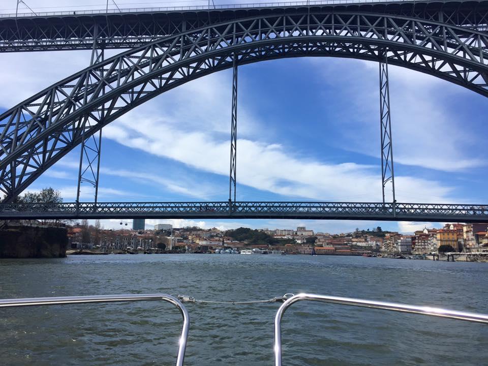 Crucero Entre Puentes