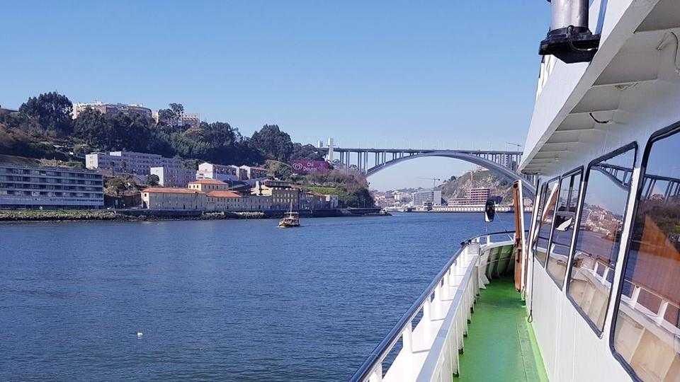 Porto   Pinhão   Porto – Subida de Barco