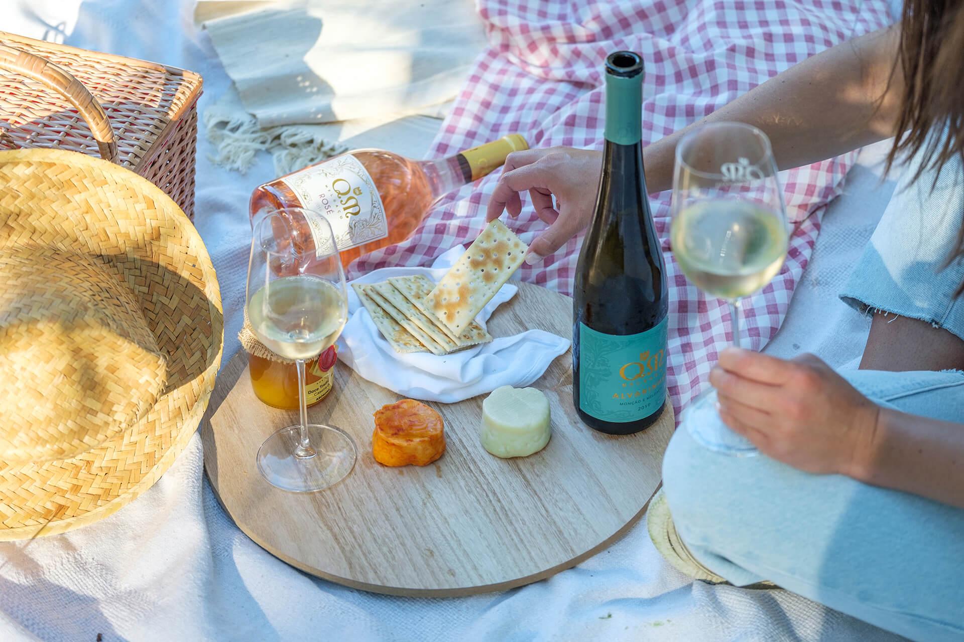 Quintas de Melgaço – Picnic in the Vineyards