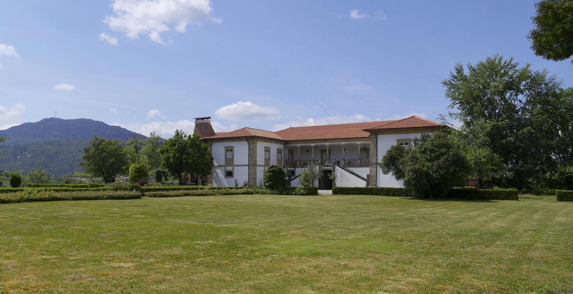 Casa da Tojeira - Visita & Cata de Vinos Premium